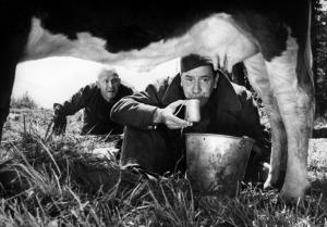 Henri Verneuil, La Vache et le prisonnier, 1959. Film n&b, 119 min.