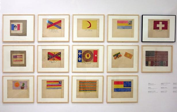 Henry Darger, drapeaux